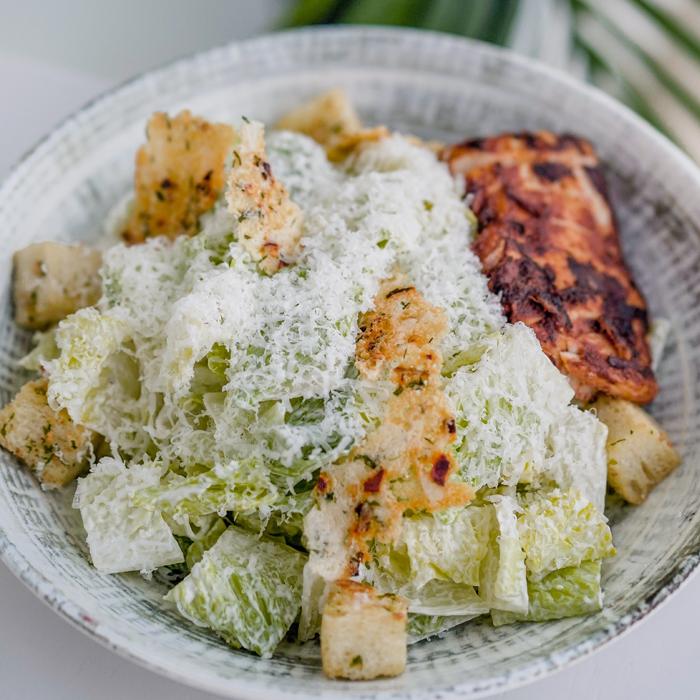 MAra-Ceaser-Salad-with-chicken